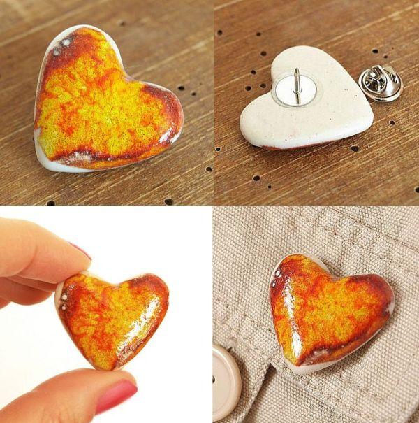 Ogniste serce   z ceramiki - broszka