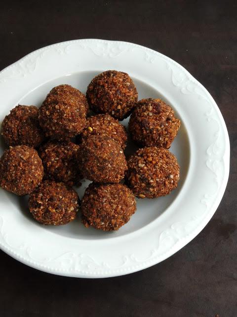Honey Choco Muesli Balls