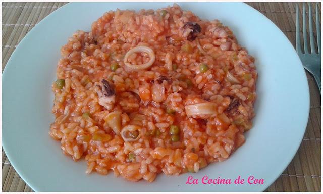 arroz con chipirones y verdura al vino
