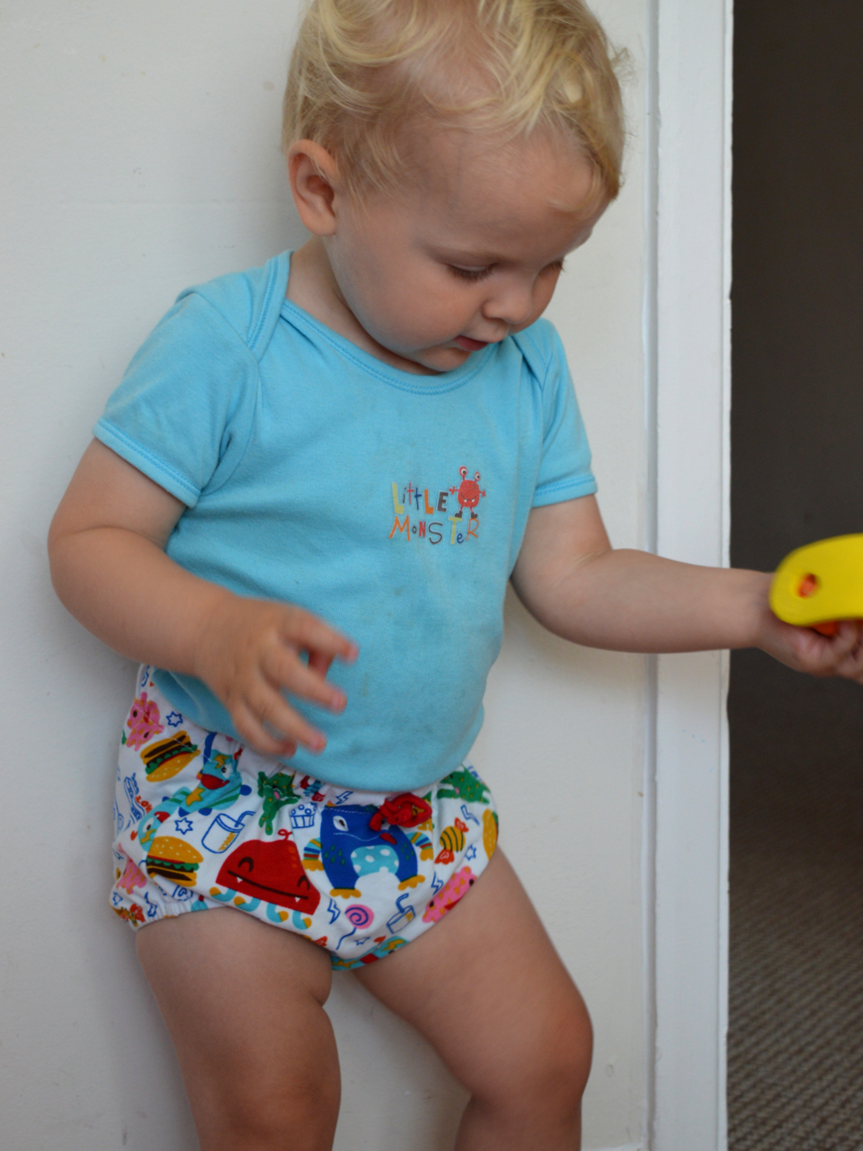 NEW  Baby girls Black White Gingham check tatty heart Shorts  Bloomers Gift
