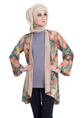Baju batik casual modern berjilbab untuk pesta