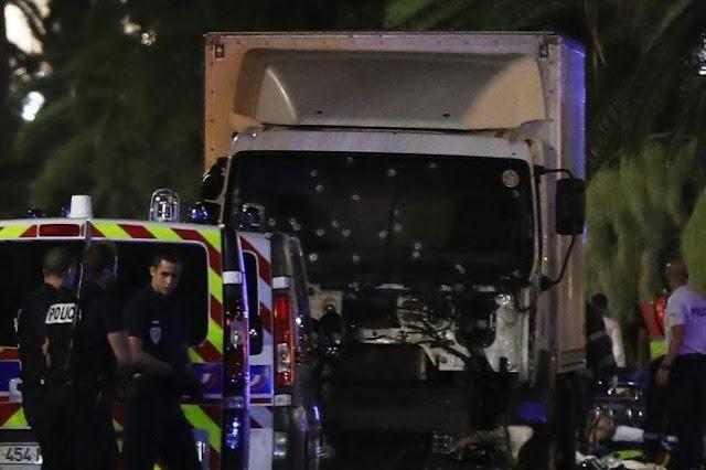 Nice Bastille Day: OGC Nice tribute untuk korban teror