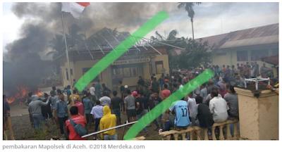 pembakaran Polsek Bendahara buntut kematian tersangka narkoba