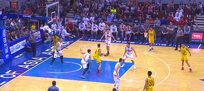 Marc Pingris' NASTY Spin Move vs. Phoenix (VIDEO)