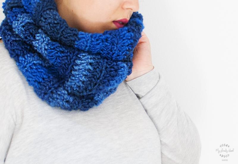 Super chunky crochet cowl pattern by MyLovelyHook