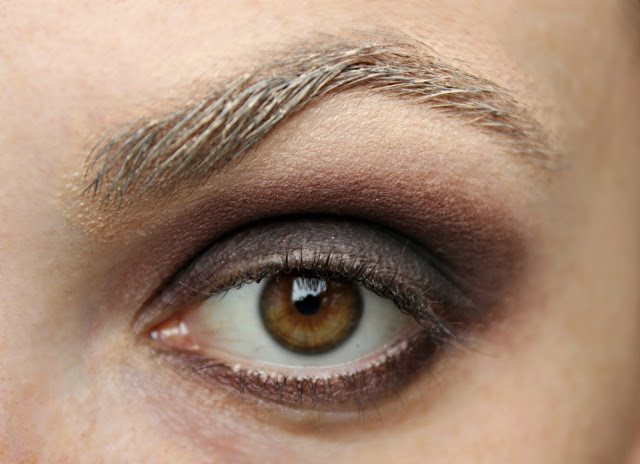 twenties make-up: step 4