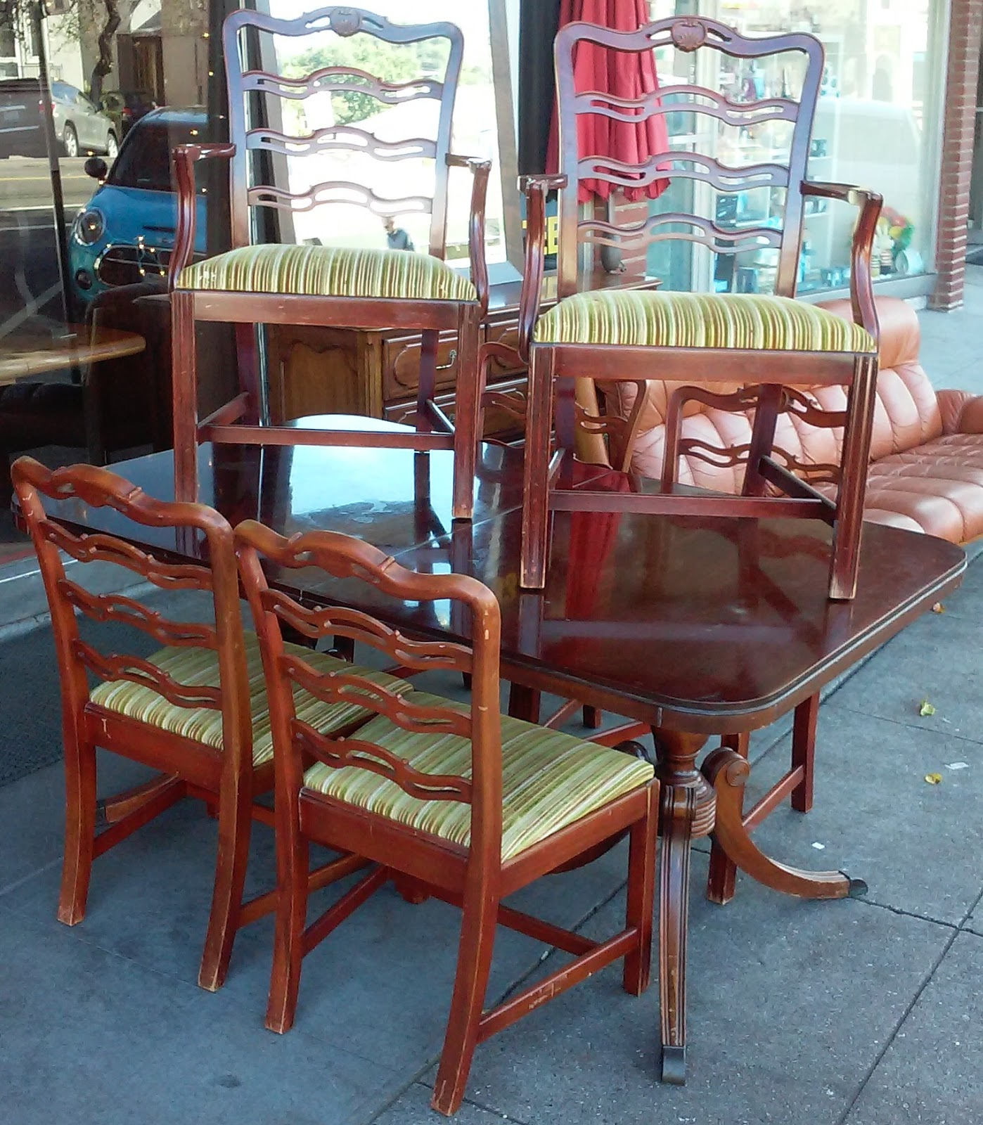 Uhuru furniture collectibles sold reduced drexel for Reduced furniture