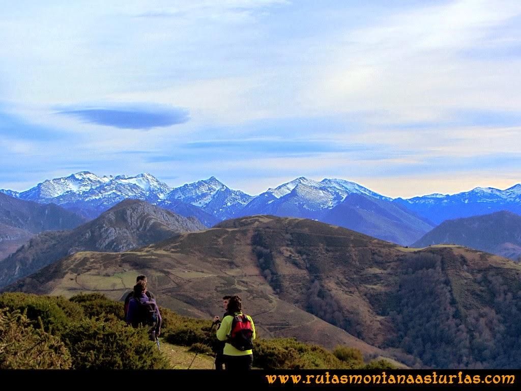 Picos del Campigueños y Tiatordos desde la Colladina