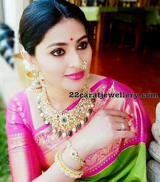 Actresses Stunning Look in Heavy Jewellery