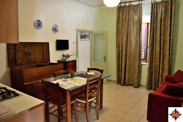 Montalcino, Agriturismo La Crociona di Nannetti. Appartamento A