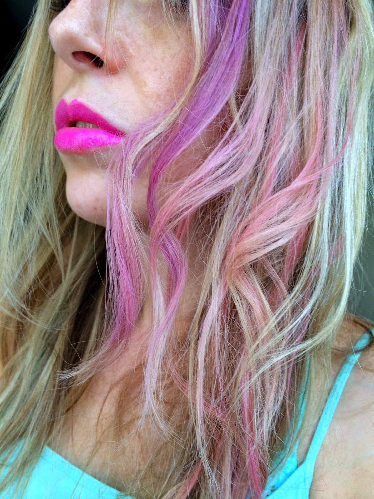 fudge-urban-colour-hair-chalk-pumped-up-purple-festival-pink