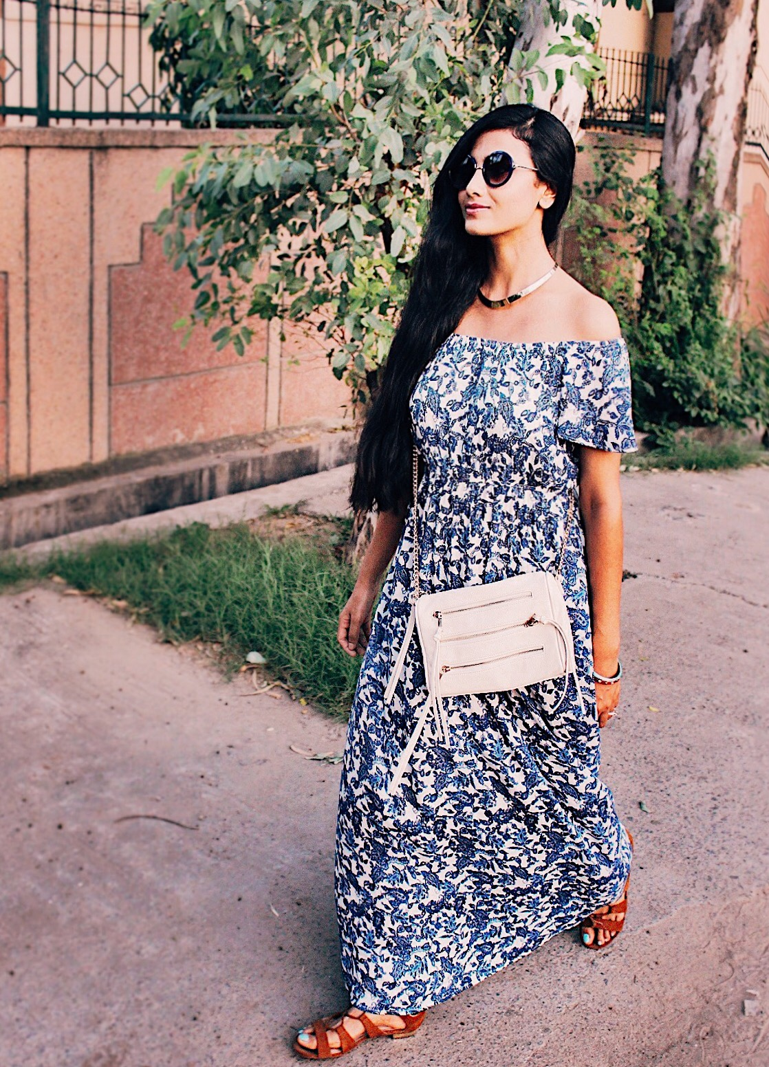 how to style a maxi, summer essential, off shoulder maxi, indian blogger, delhi blogger, delhi fashion blogger, delhi street style, indian fashion blogger, uk blogger, effortless chic, london street style, floral maxi,