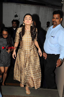 Bollywood Actress Alia Bhatt Stills at The Annual Central Excise Day Celetion  0002.jpg