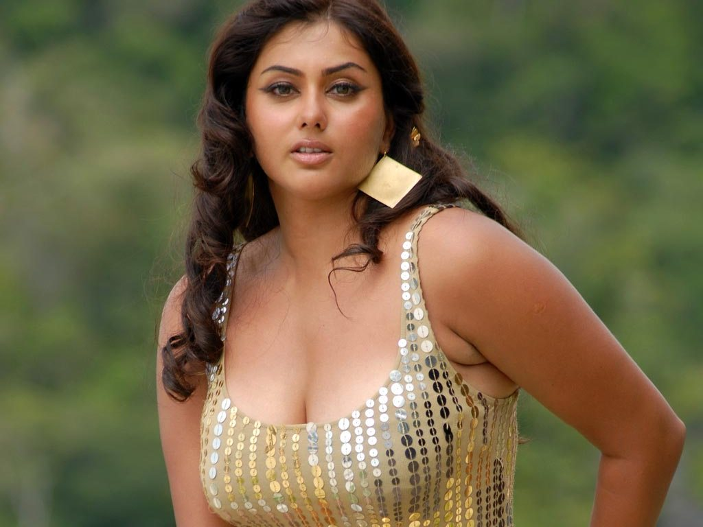 South indian actress photos free wallpapers for pc - South indian actress wallpaper ...