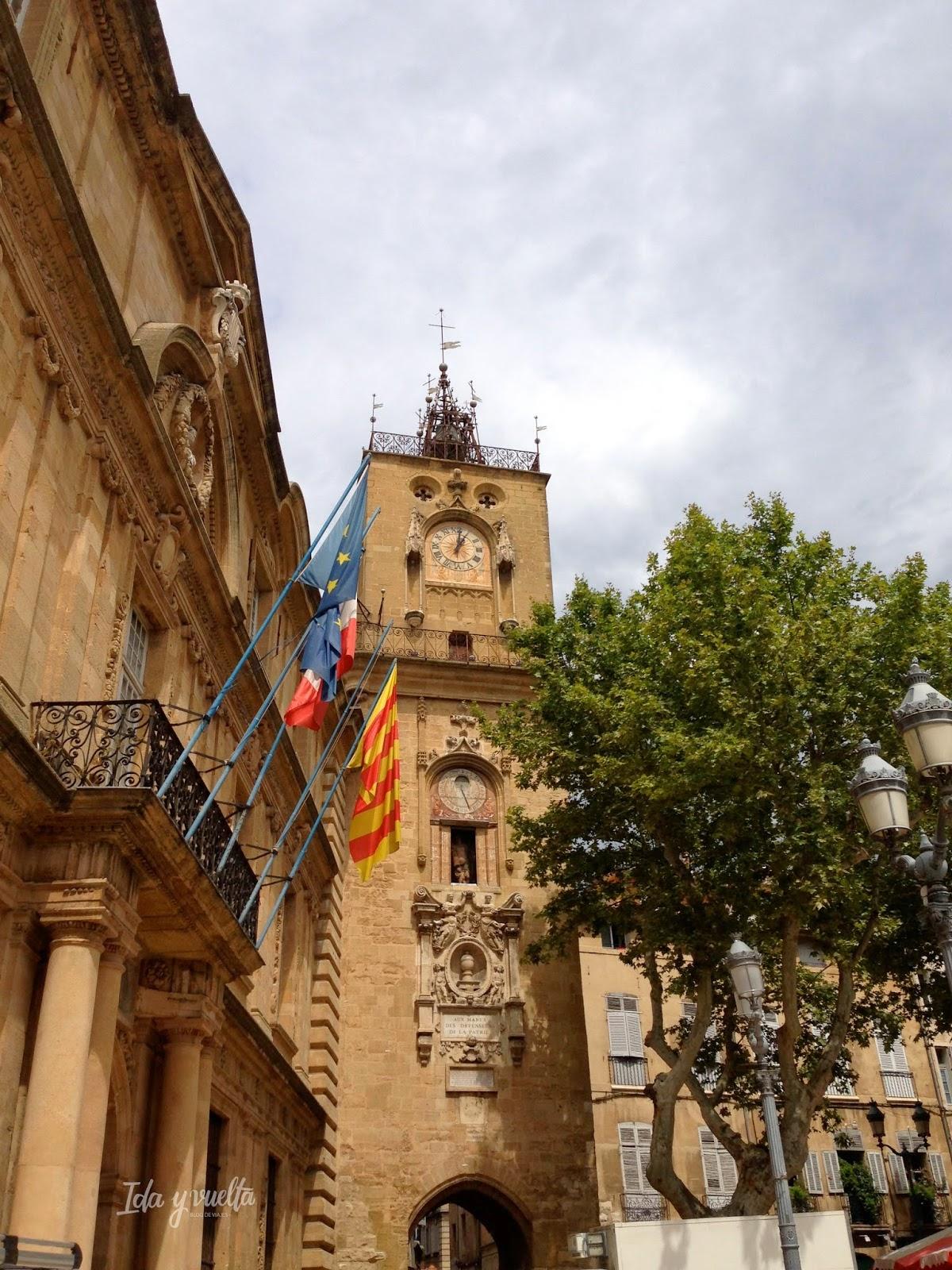 Torre del ayuntamiento de Aix