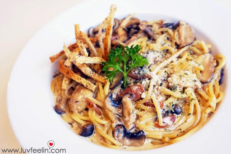 CAFFEiNATED Puchong Carbonara with Mushroom Pasta