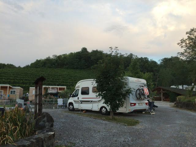 camping en bodega Saksida Eslovenia www.caravaneros.com