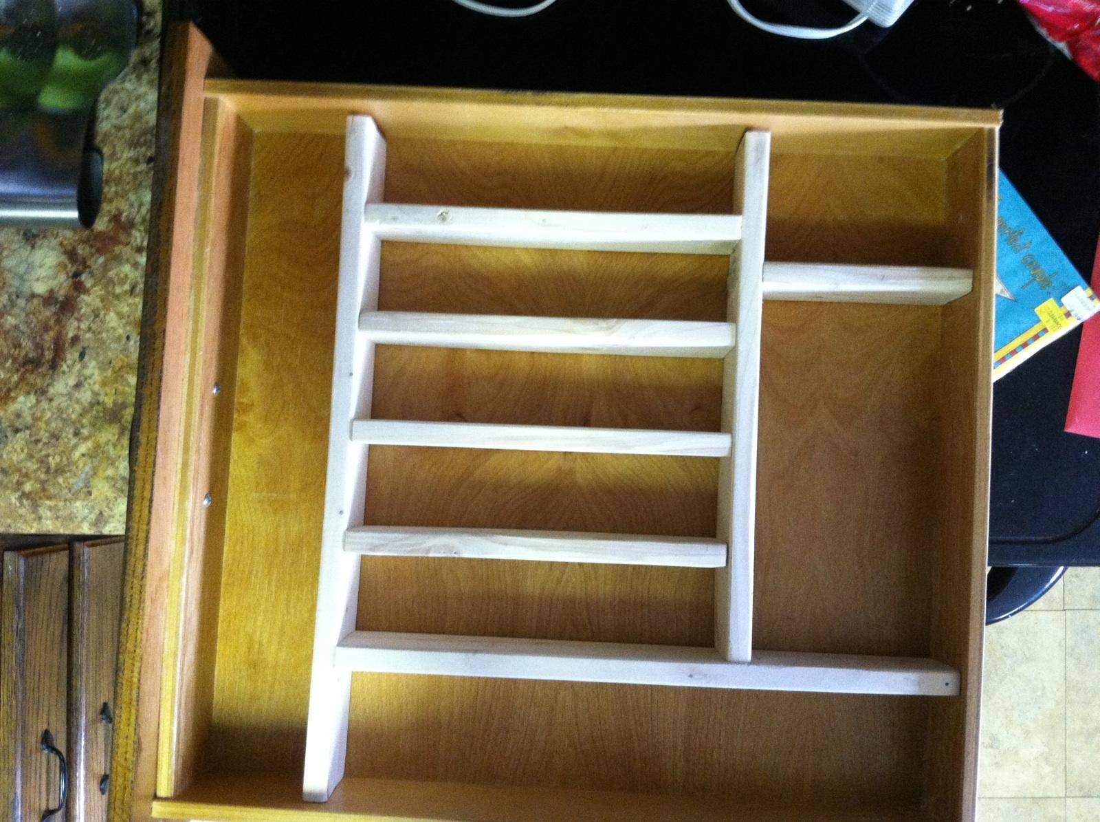 The Alabama Wife: Kitchen Drawer Organizers