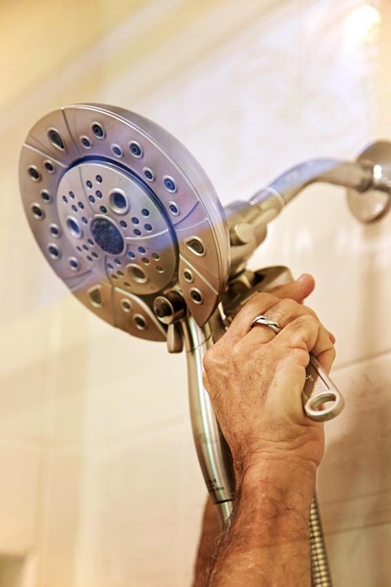 shower head fitting