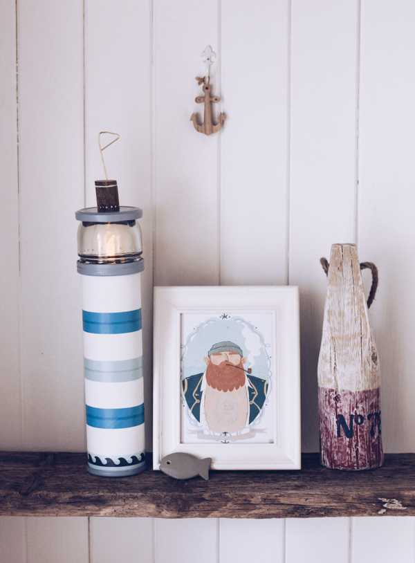Anleitung für ein maritimes DIY: Leuchtturm-Nachtlicht. Upcycling mit Washi Tape von titatoni.de