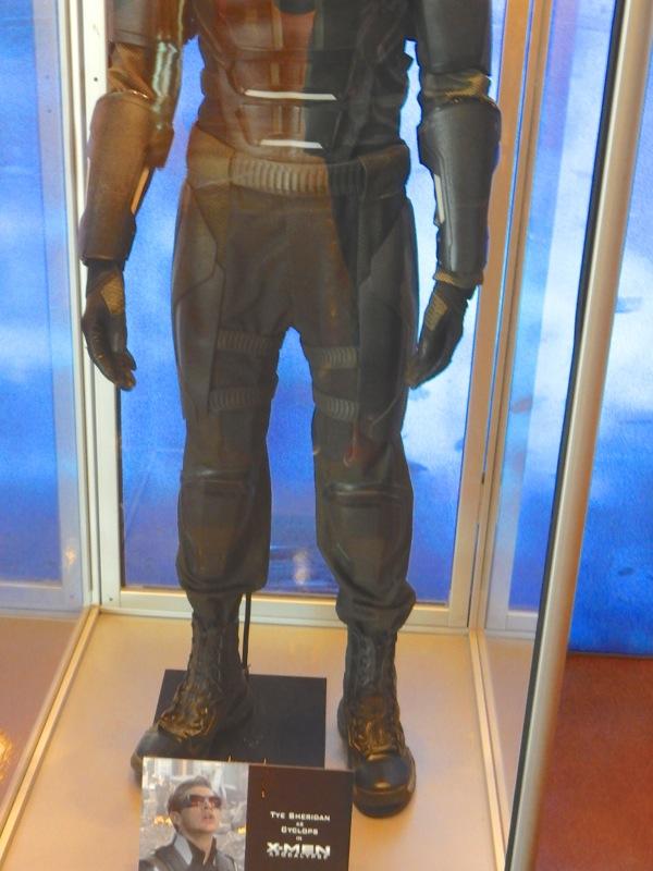 Cyclops legs boots costume X-Men Apocalypse