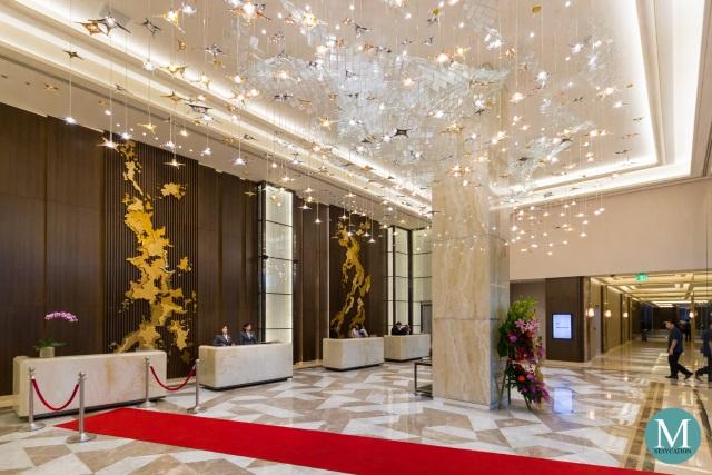 Sheraton Manila Hotel Lobby