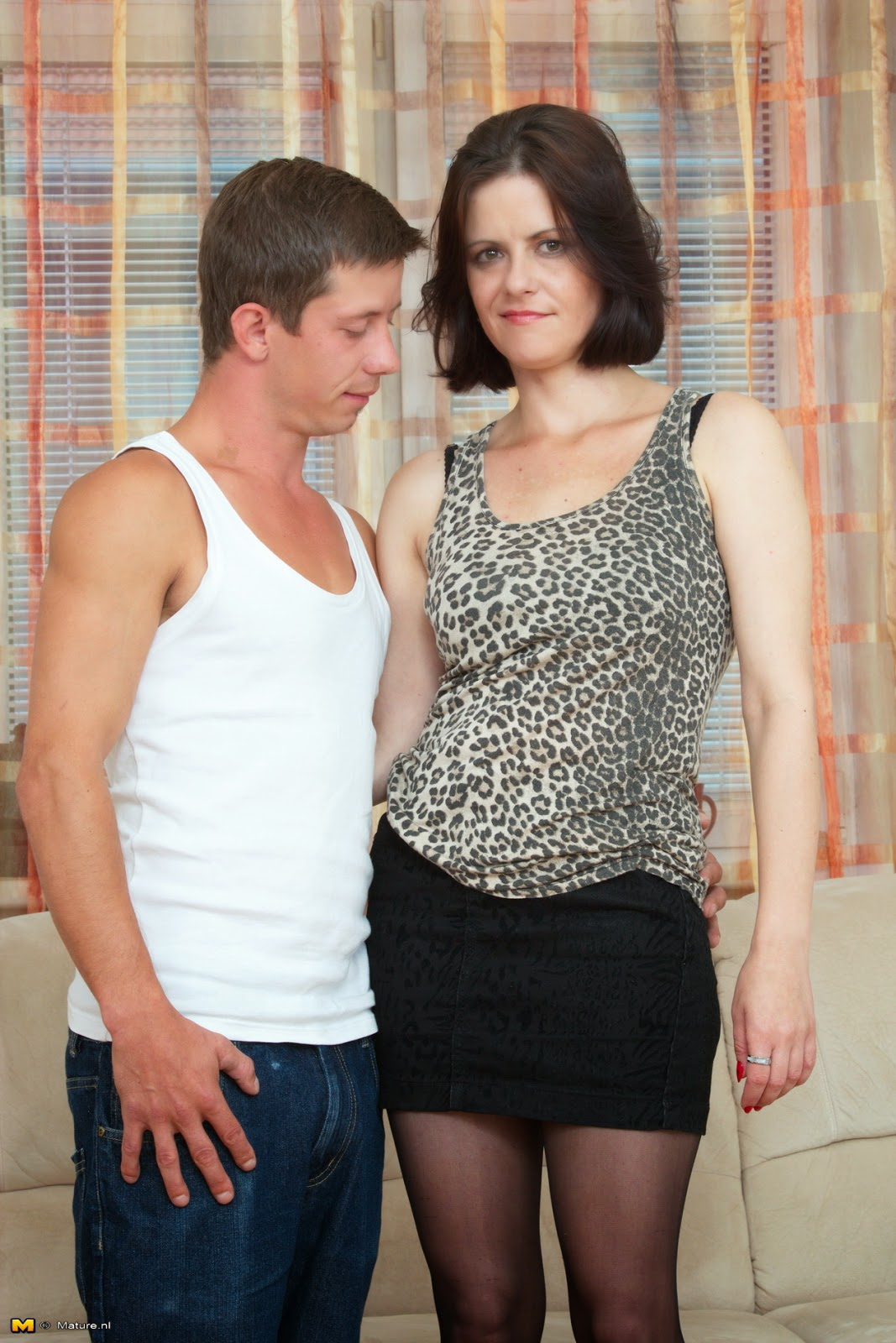 Adult Images Humiliated spanked in front of wife