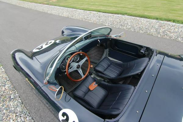 produced by beck the premier 550 spyder replica manufacturer and the 125th model to roll out of their factory underwent a total engine rebuilt and