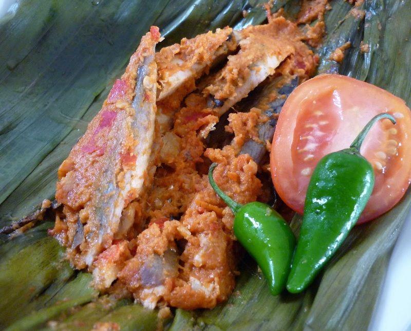 Bumbu Pepes Ikan Tongkol Pedas