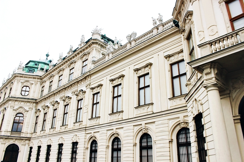 Montesol travel poseta gradu Bec Belvedere palata