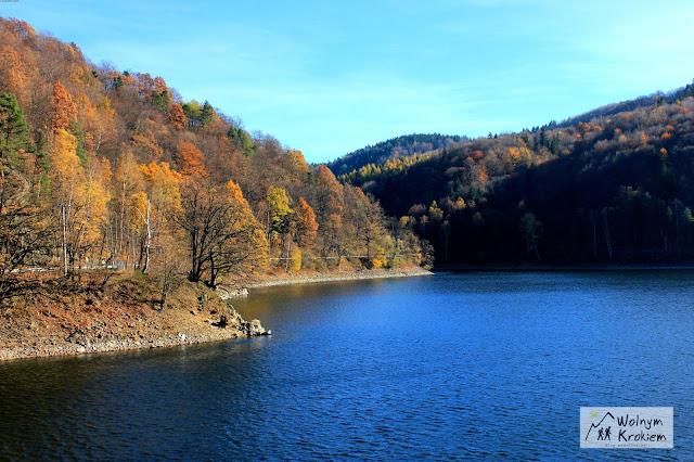 zalew w pobliżu zamku Grodno