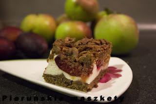http://pierunskiemaszkety.blogspot.com/2015/09/ciasto-ze-sliwkami-pod-budyniowa-pianka.html