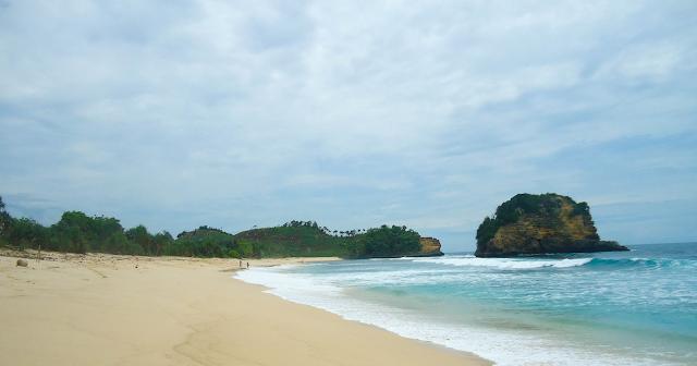 Gambar Pantai Ngudel