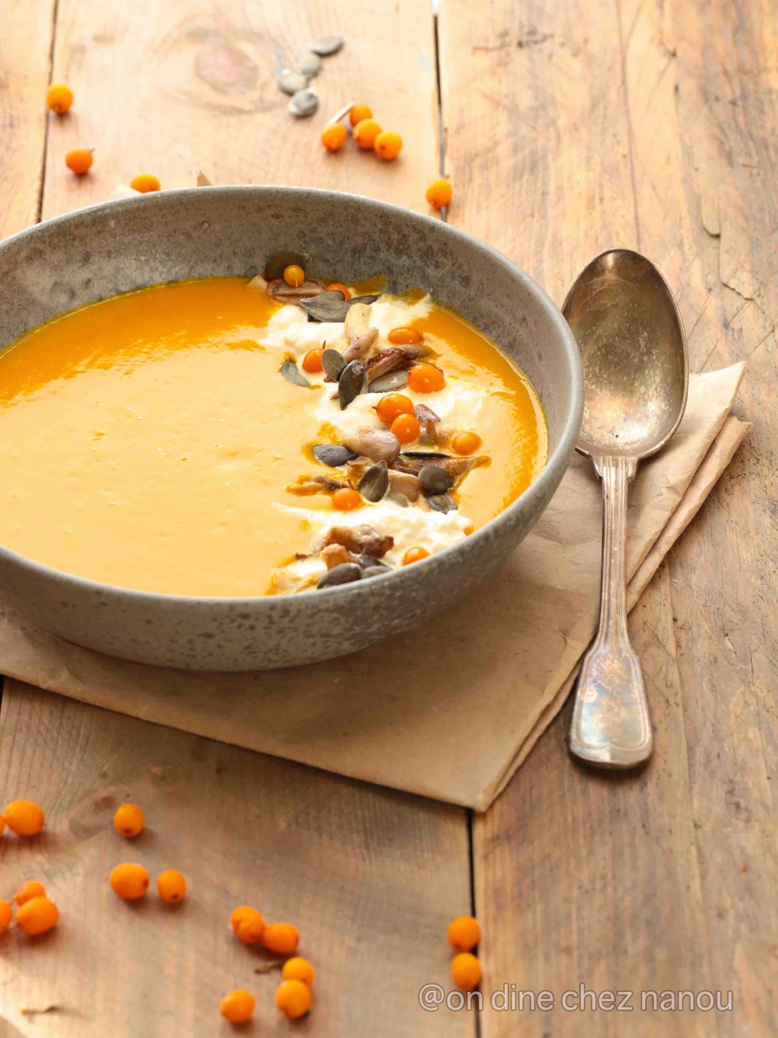 burrata , courge bleue de Hongrie , soupe réconfortante , pleurottes