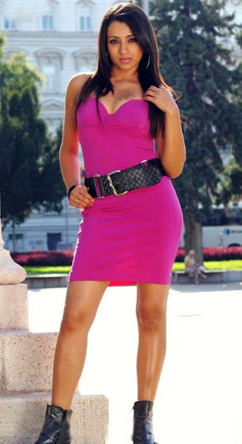 trisha hot cleavage show tight violet dressimages