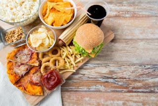 Makanan Yang Harus Dihindari Ketika Dalam Program Diet