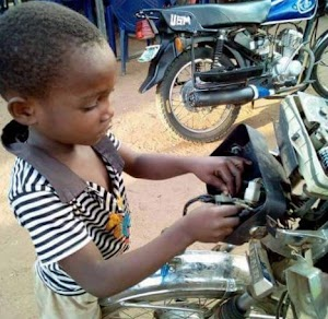 "Meet This 5yrs Old boy in Primary One ""Repairs Motorcycles"" To Raise School Fees (Pics)"