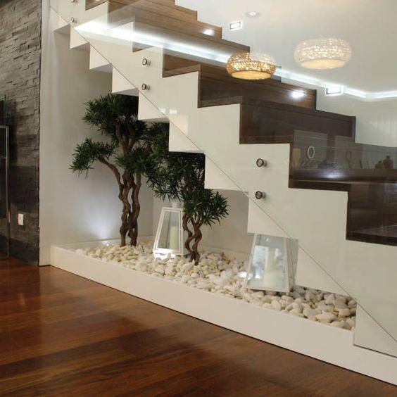 Terrario bajo la escalera