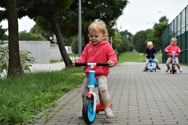HIGHWAYBABY hulajnoga rowerek blue SCOOTANDRIDE (SR 961936)