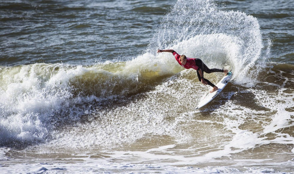 14 2014 Moche Rip Curl Pro Portugal Mick Fanning AUS Foto ASP Damien%2B Poullenot Aquashot