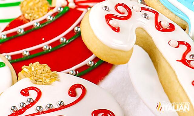 http://www.theslowroasteditalian.com/2012/12/christmas-sugar-cookies.html