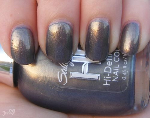 xoxoJen's swatch of Sally Hansen Opulent Cloud