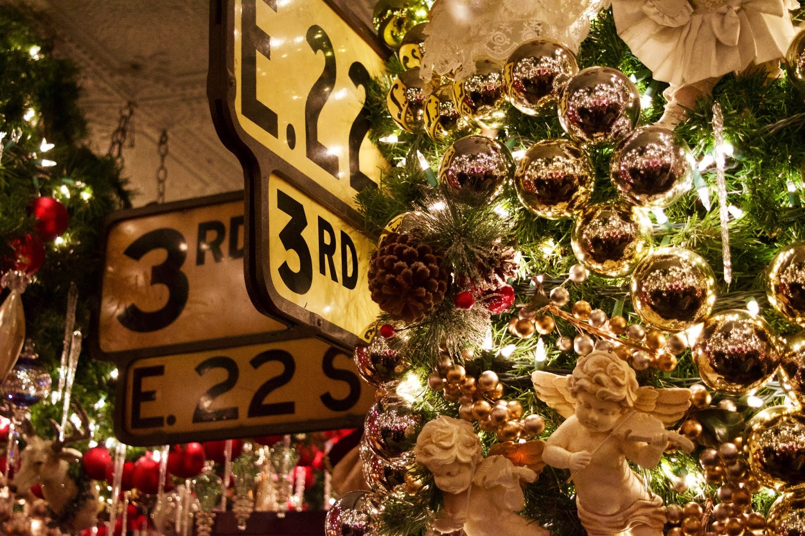 Sweet Genevieve : Inside a Christmas Tree - Rolf\'s NYC