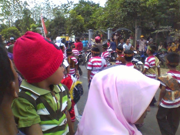 Penonton SDN Mulyoagung 1 Singgahan Tuban