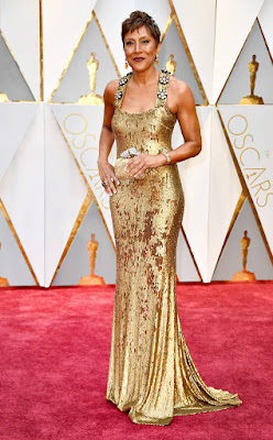 http://www.eonline.com/photos/20157/oscars-2017-red-carpet-arrivals/745773