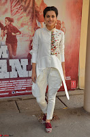 Taapsee Pannu Looks Super Cute in White Kurti and Trouser 19.JPG