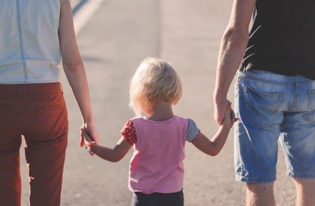 Butuh perjuangan hebat untuk memutuskan menikah dan hidup bersama