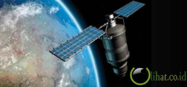 Satelit Palapa C2 (1996)