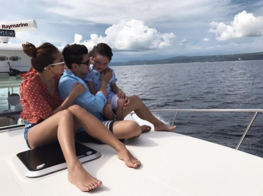 'Go f*ck yourself b*tch!' Richard Gutierrez Minura Ang Isang Basher Matapos Nitong Tawaging Bakla Si Zion