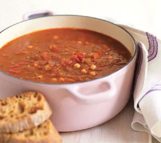 onion, tomato and chickpea soup recipe